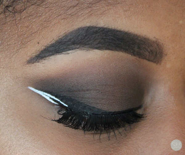 picture of nyx white eyeliner makeup