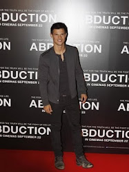 ENLACE PARA EL VIDEO DE LA PELICULA DE  TAYLOR LAUTNER - ABDUCTION