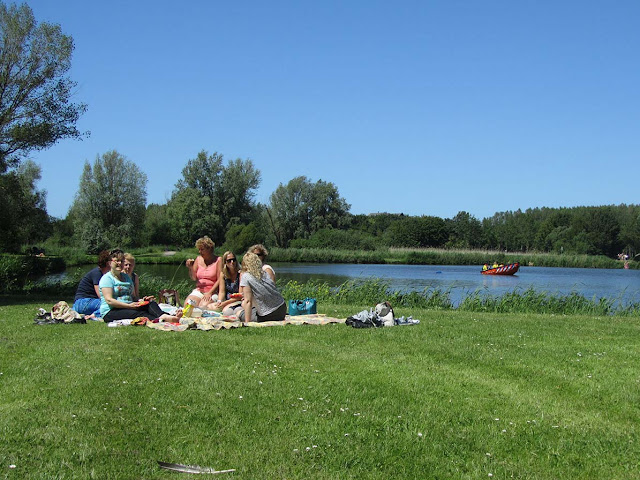 picnic with cousins in 'Vlietland'