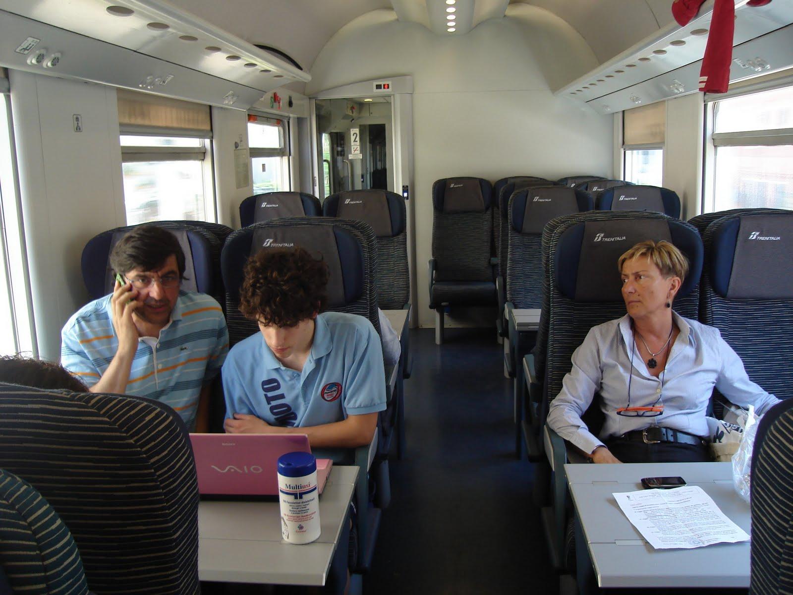 Crossmedial information unit classi 2e e 2f in puglia for Ba cabina di prima classe