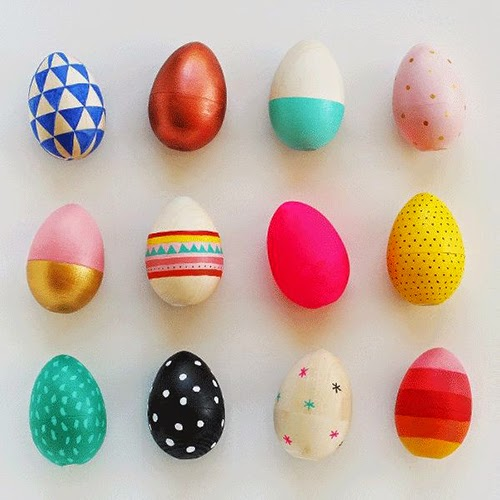 http://mypoppet.com.au/2014/04/how-to-paint-wooden-easter-eggs.html