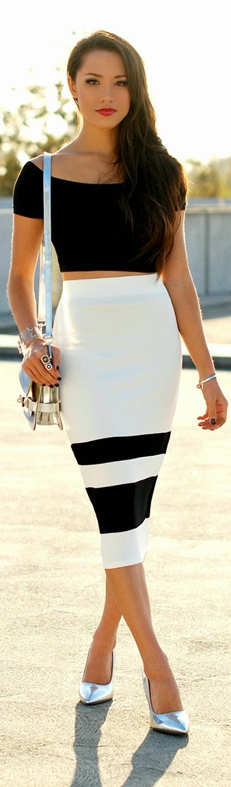 Classic Unique Skirt with Black Top | Chic Street Outfits
