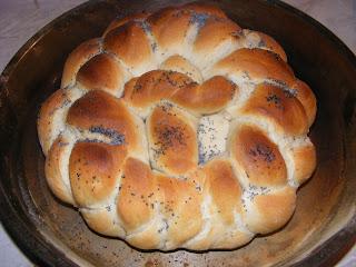 colac, colaci, paine colac, paini colaci, impletita, paine impletita, paine impletita de casa, paine, paine de casa, retete paine, reteta paine, retete de paine, retete culinare, preparate culinare, retete paine de casa, retete paine impletita,