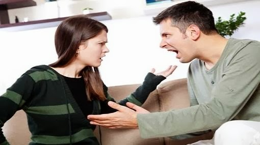 3 اسباب تسبب الشجار مع زوجك...تجنبيها  - رجل امرأة يتشاجران يتشاكلان يتعاركان - man woman fighting