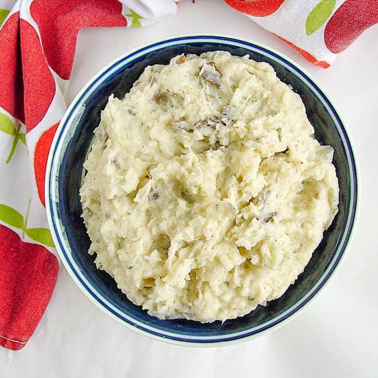 ultra creamy and savory parmesan mashed potatoes. Light and fluffy ...