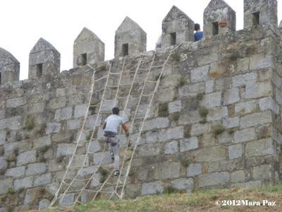 scaling Santa Maria da Feira Castle walls