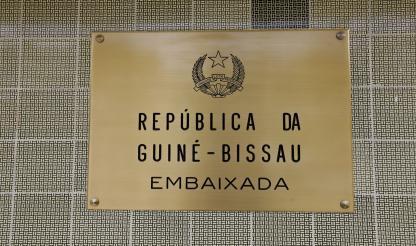 Guiné-Bissau: Zamora Induta e Fernando Gomes estão em Portugal -- CPLP