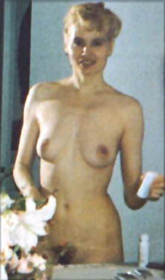 Naked pictures of geena davis
