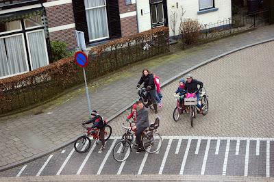 голландцы и велосипеды