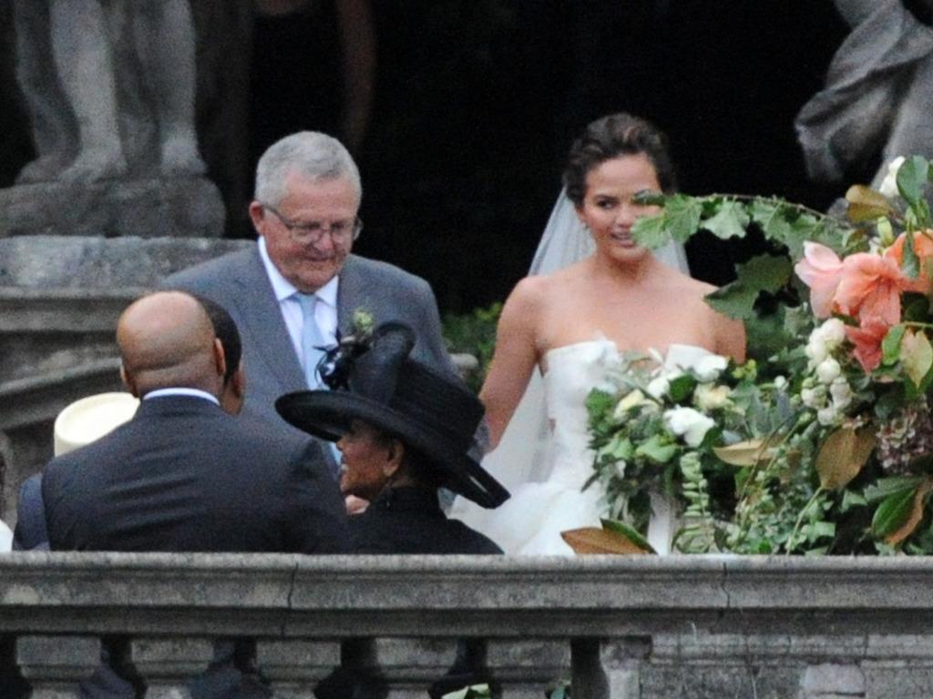 Ngessa Blogspot JOHN LEGEND AND CHRISSY TEIGEN OFFICIALLY GET MARRIED