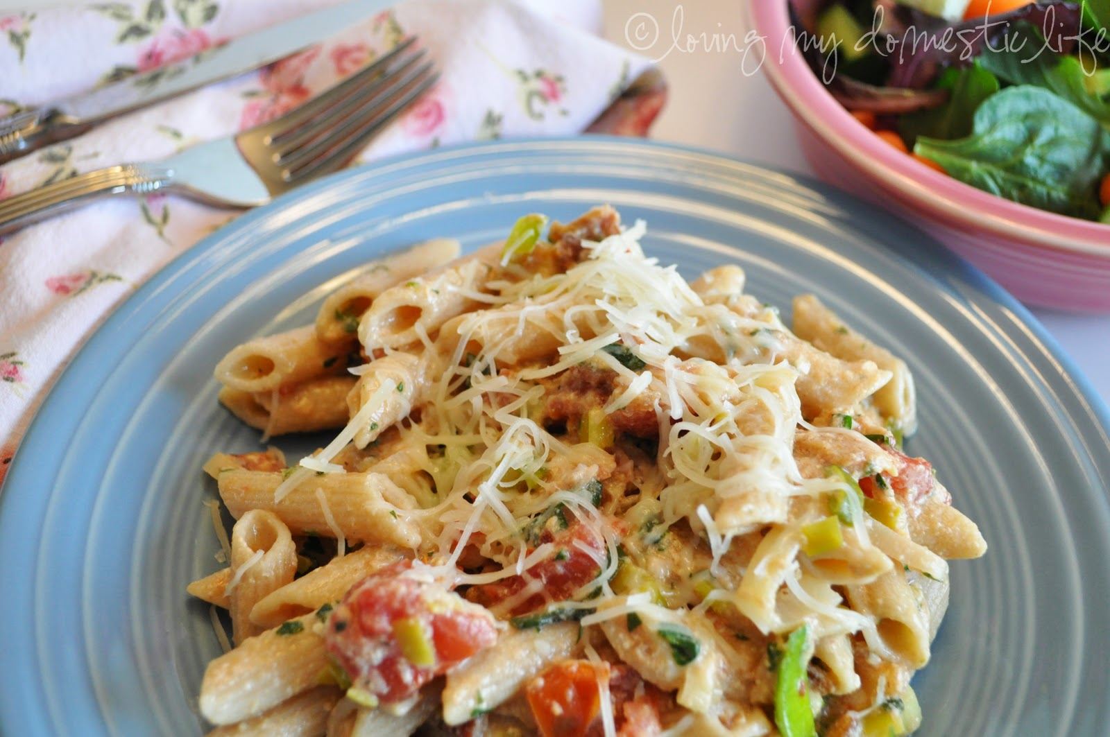 ... Life: Tried It & Loved It: BLT (Bacon, Leek, Tomato) Carbonara Pasta