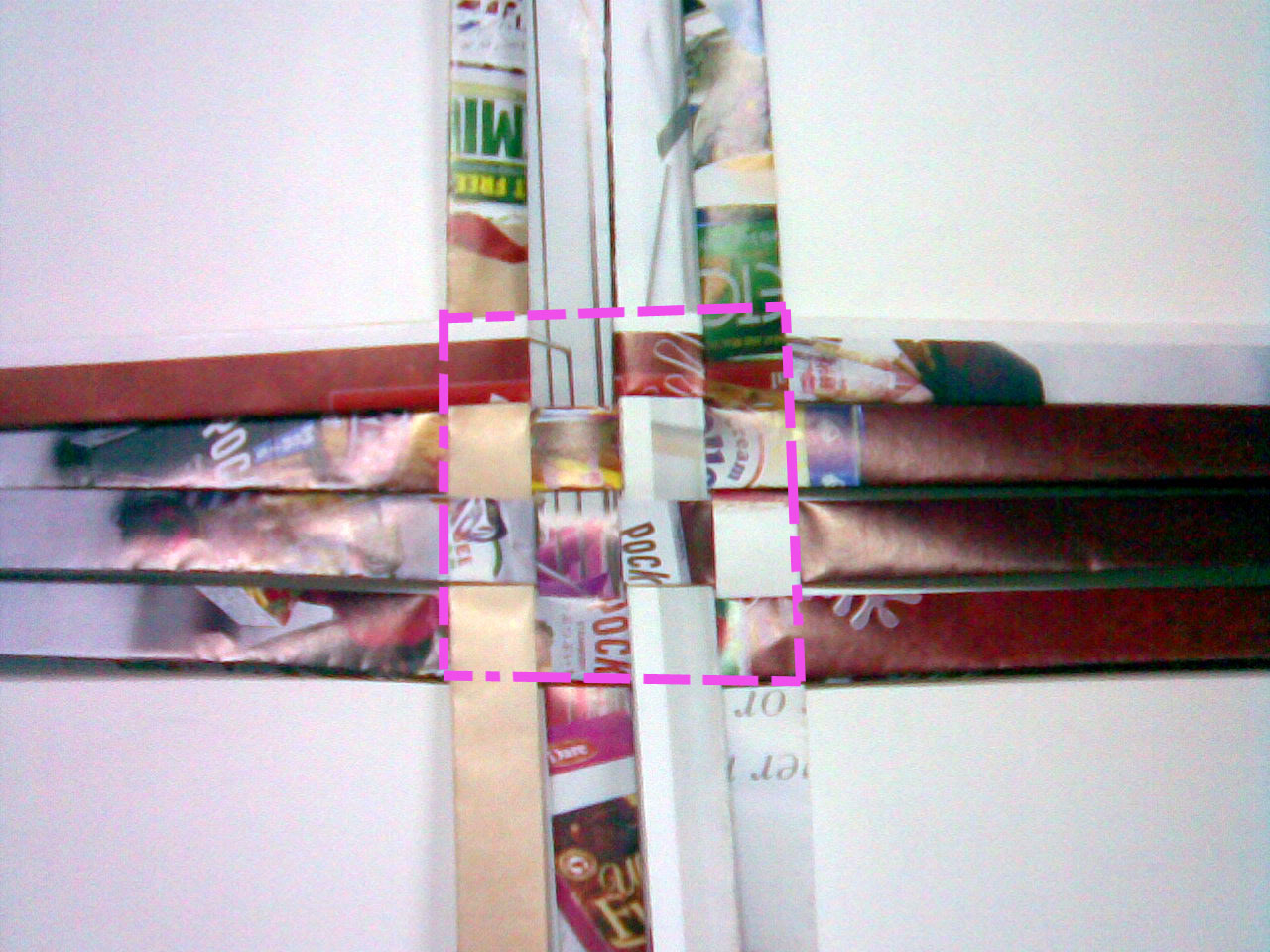 reuse magazine  ,recycle basket, recycle plastic bag   diy plastic basket,weave plastic strip