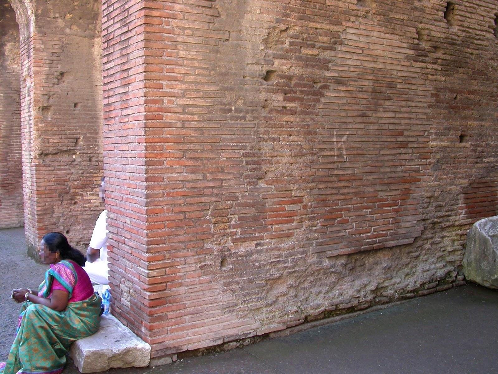 turisták, vandalizmus, Róma, Colosseum, Olaszország,