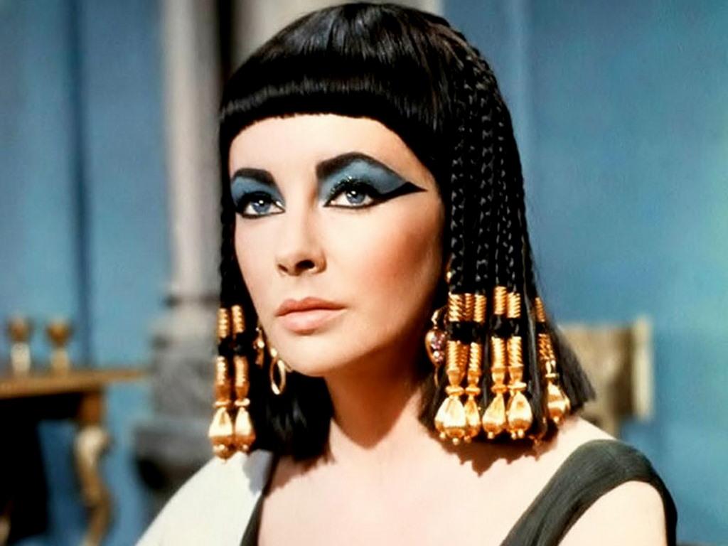 http://2.bp.blogspot.com/-dZNrJqQBwWU/T9dol8c0PXI/AAAAAAAABjo/WkH9iPww7kc/s1600/Elizabeth-Taylor-Cleopatra2.jpg