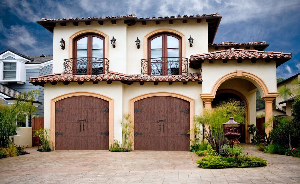 Homes With Front Facing Garage Doors Often Take Up A Large Portion Of What  People See From The Street And Will Have A Big Impact On A Homeu0027s Curb  Appeal.