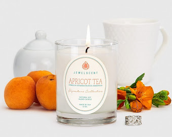 Signature Collection Apricot Tea Candle