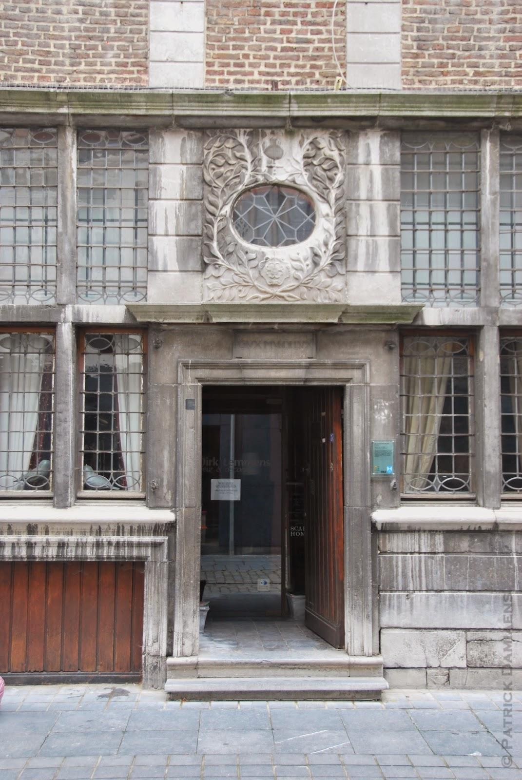 Ornamentsnijder patrick damiaens augustus 2014 - Bell glazen huis in de wereld ...