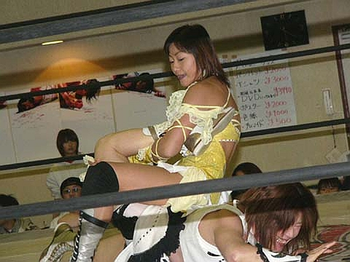 Sachie Abe -Japanese Womens Wrestling