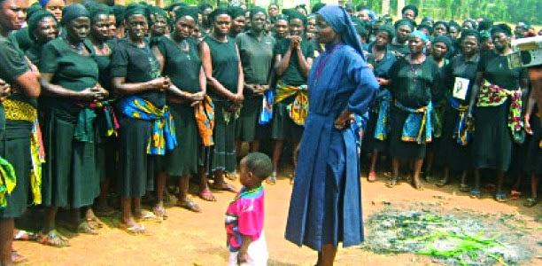 Populaire Dossiers de Gospanews: Nigéria :une religieuse aurait les  RP32