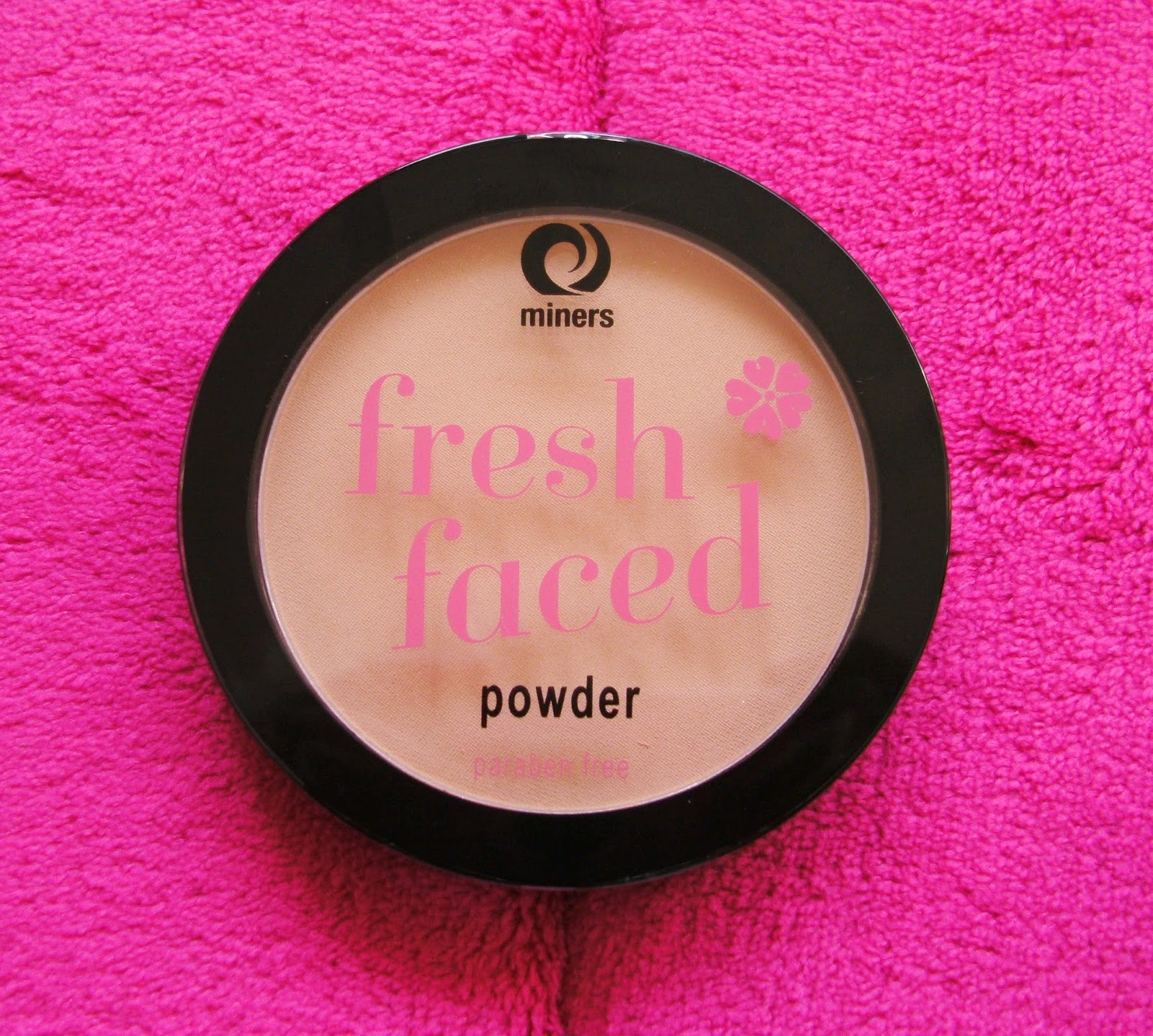Miners Cosmetics Fresh Faced Powder in Soft Sand