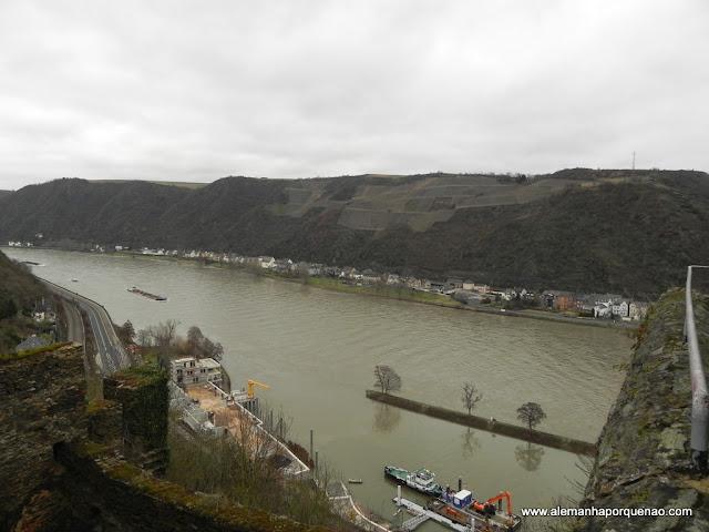 O rio Reno visto do Burg Rheinfels