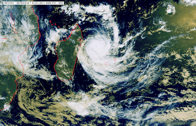 Images satellites du cyclone Béjisa