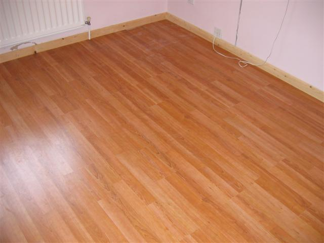 Dream home laminate flooring for Laminate flooring contractors