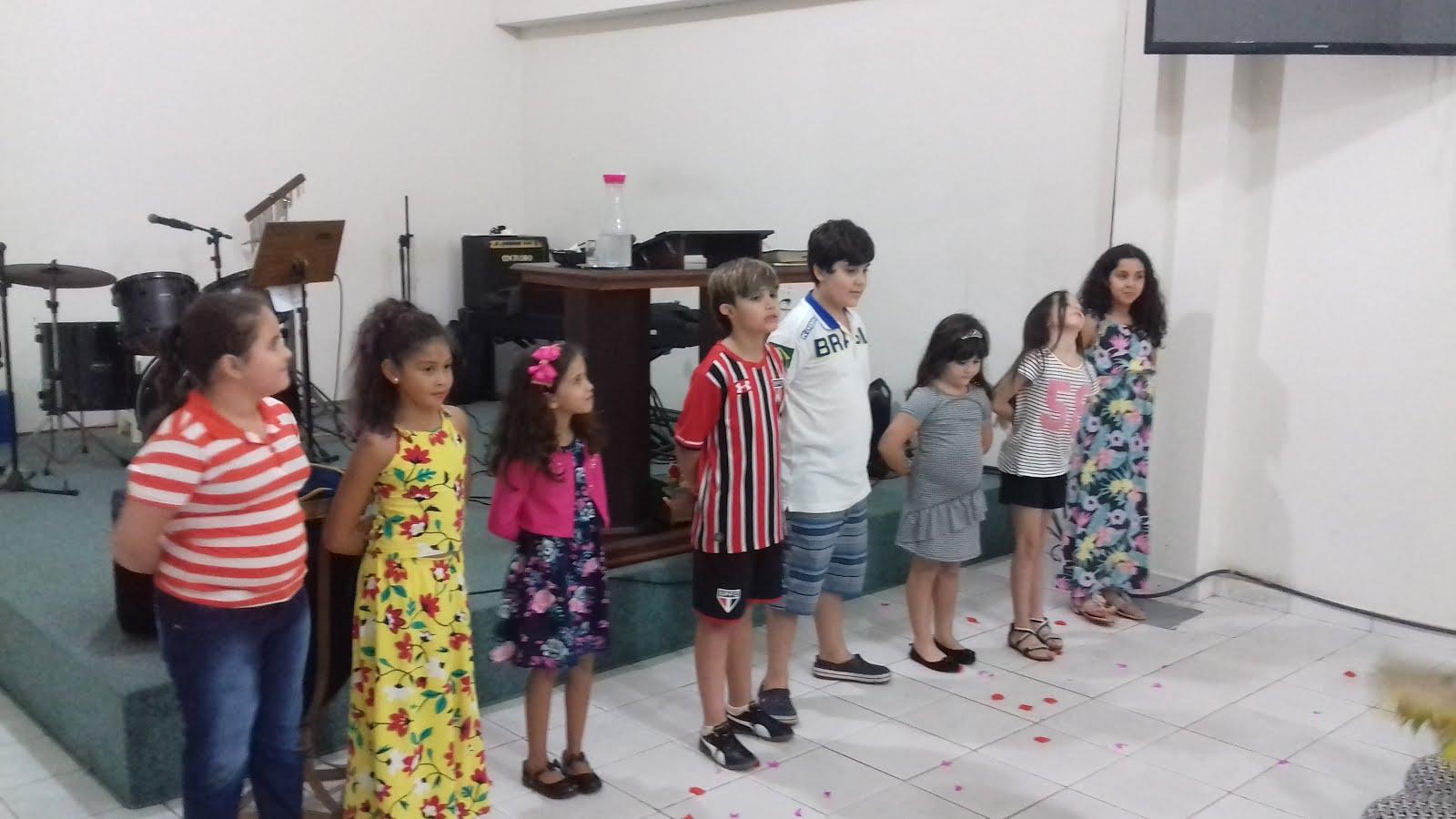 MINISTÉRIO COM CRIANÇAS E ADOLESCENTES