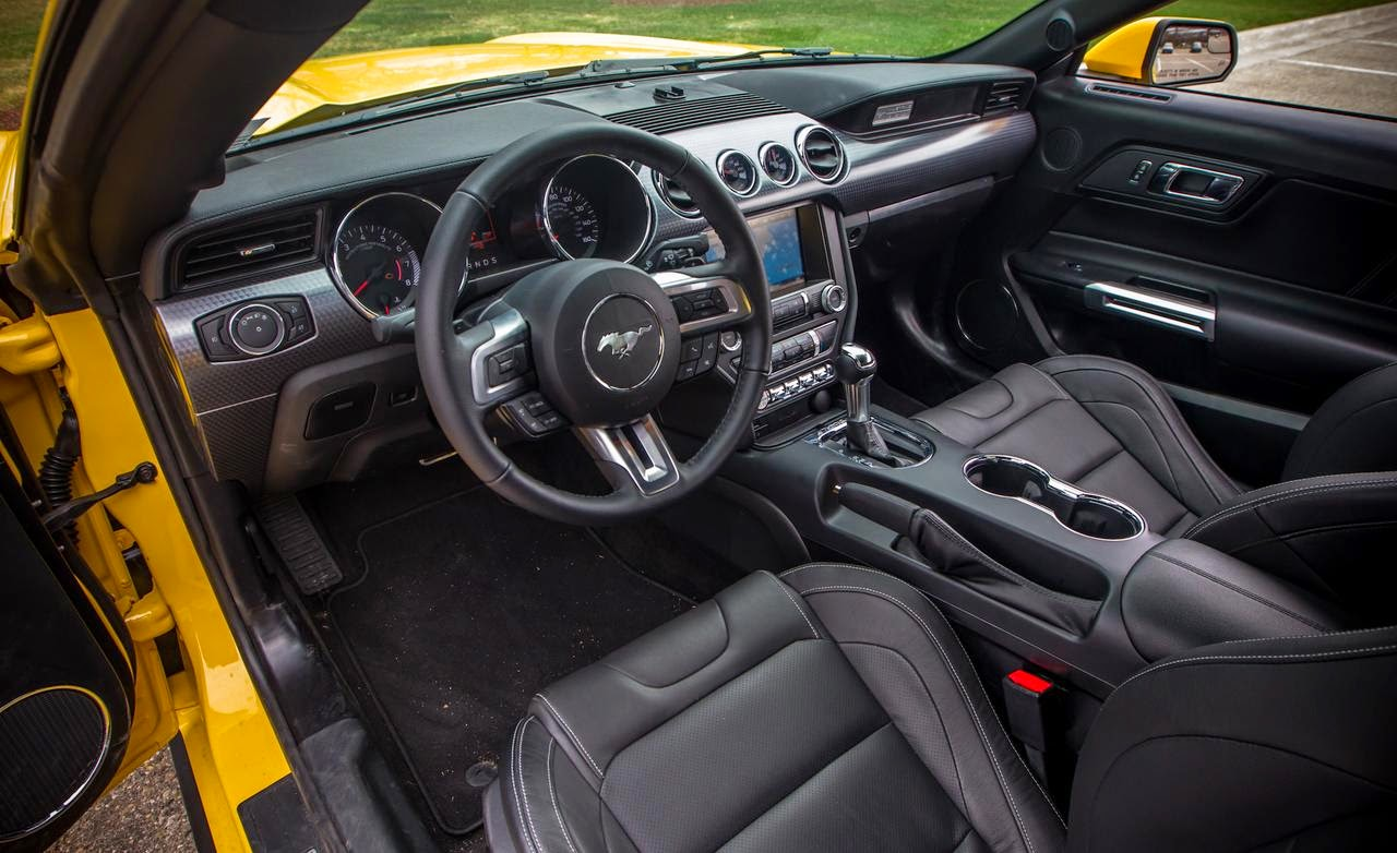 2015 ford mustang interior pictures for Ford mustang 2015 interior