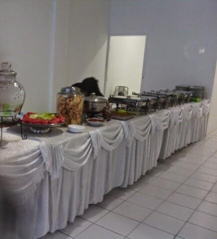 Catering Prasmanan di Taman Kota