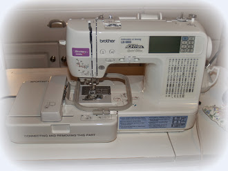 SISTER BLOGGER'S WITH EMBROIDERY MACHINES