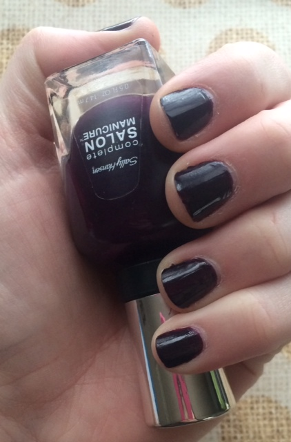 Sally Hansen Pat on the Black nail polish