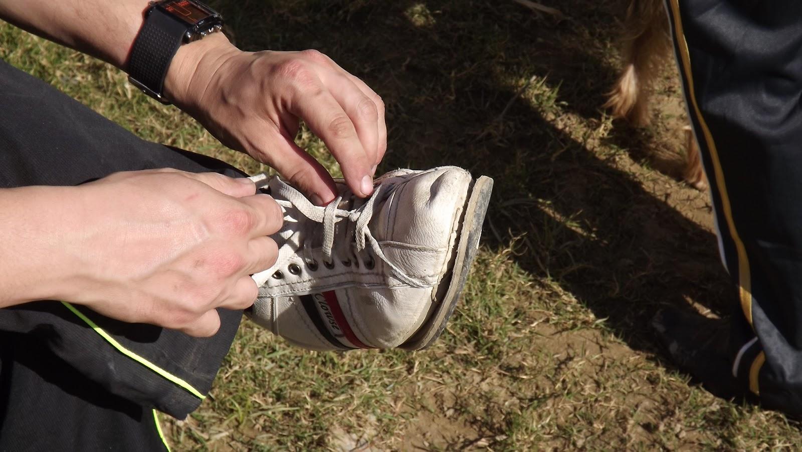 Reparar una suela despegada - Paso 5