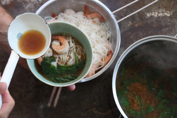 Miso Soup with Shrimp and Spinach