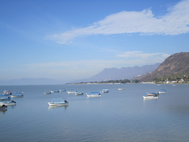 chapala singles If you're looking for an easy transition to expat life, lake chapala is the place for you you can step right into expat life here with hardly any bumps along the way you'll find all the services .