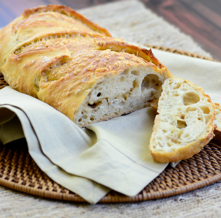 Parmesan-Peppercorn No-Knead Bread