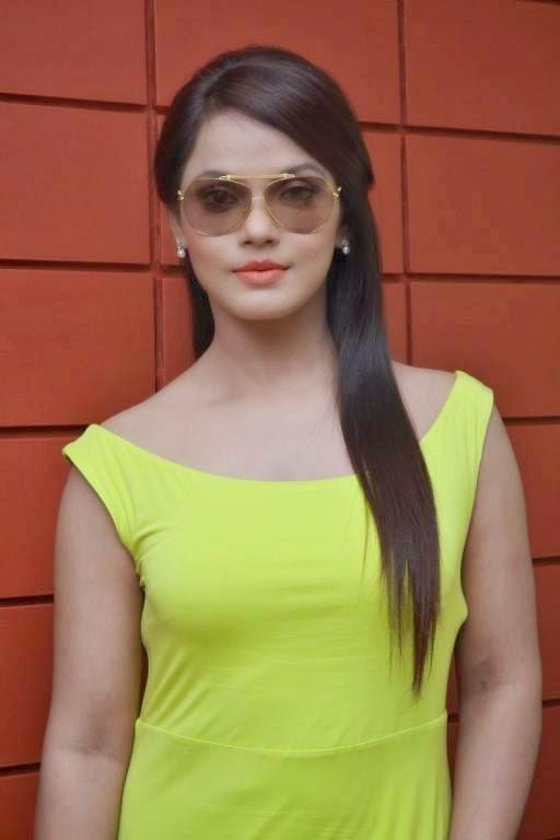 Neetu Chandra at Thilagar Movie Interview Launch Stills