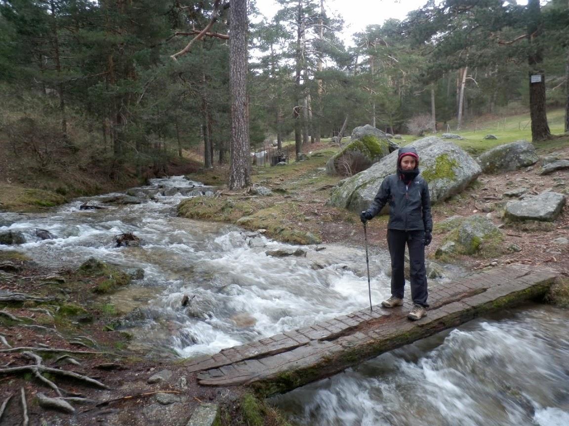 Río-caudaloso-ruta-camino-Schmidt-en-la-Sierra-de-Guadarrama