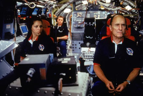 http://www.starpulse.com/Movies/Deep_Impact/gallery/Deep-Impact-movie-07/