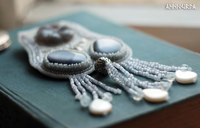 jewelry, beardwork, hairdecor, white, grey, winter, fog