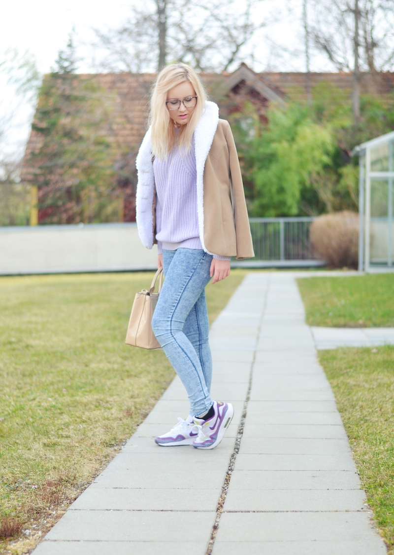 Outfit_Pastell_Pullover_und_Jeans