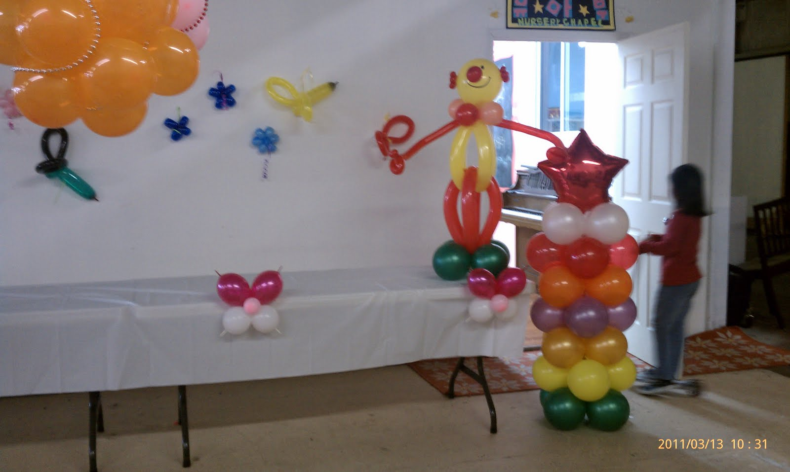 Easy church decorations joy studio design gallery best for Easy balloon decoration ideas