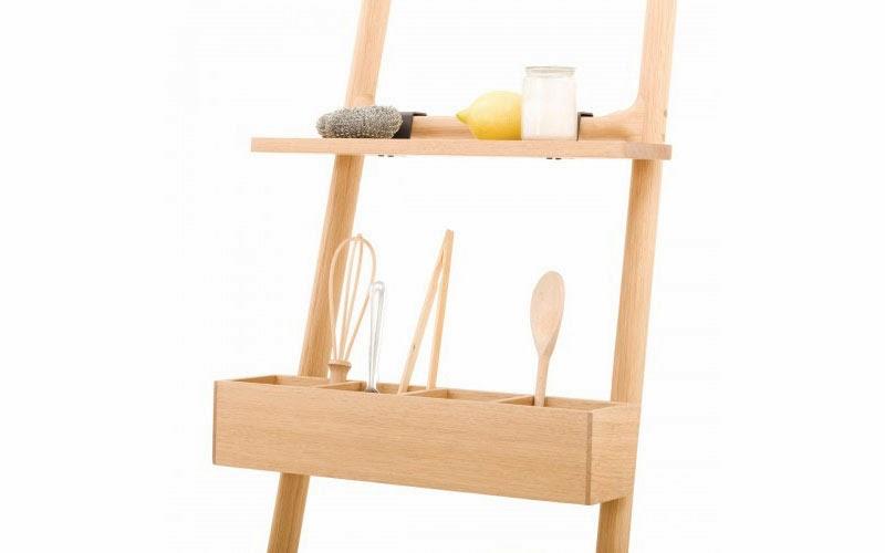 artesana y diseo de madera para los enseres de la cocina y la mesa