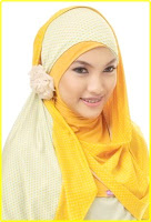 Model jilbab terbaru kuning