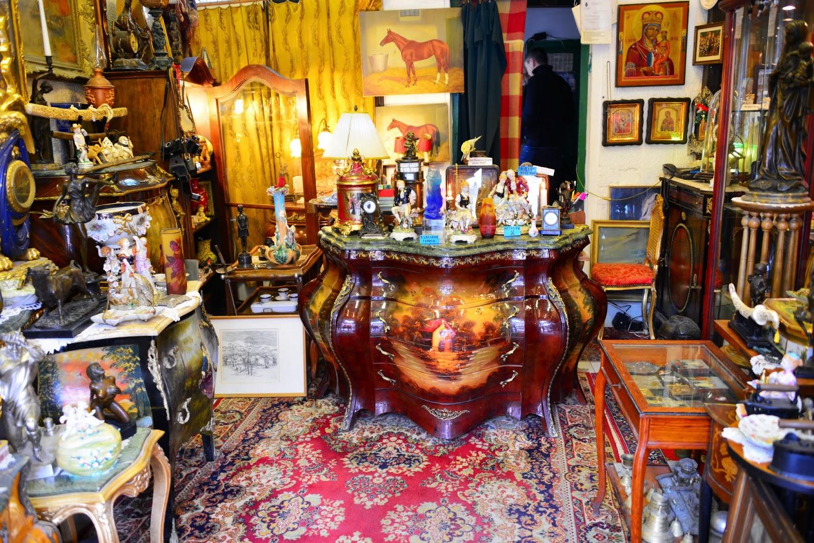 goboogo travel photography a strange antique shop in szentendre