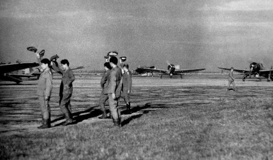 飛行場の測候所: 現在養蚊子的恆春機場,竟然是太平洋戰爭開打第一天就登場的重要飛行場......