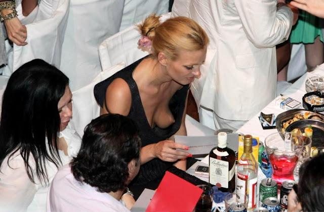 Kate Bosworth Downblouse Nipple Slip Candids