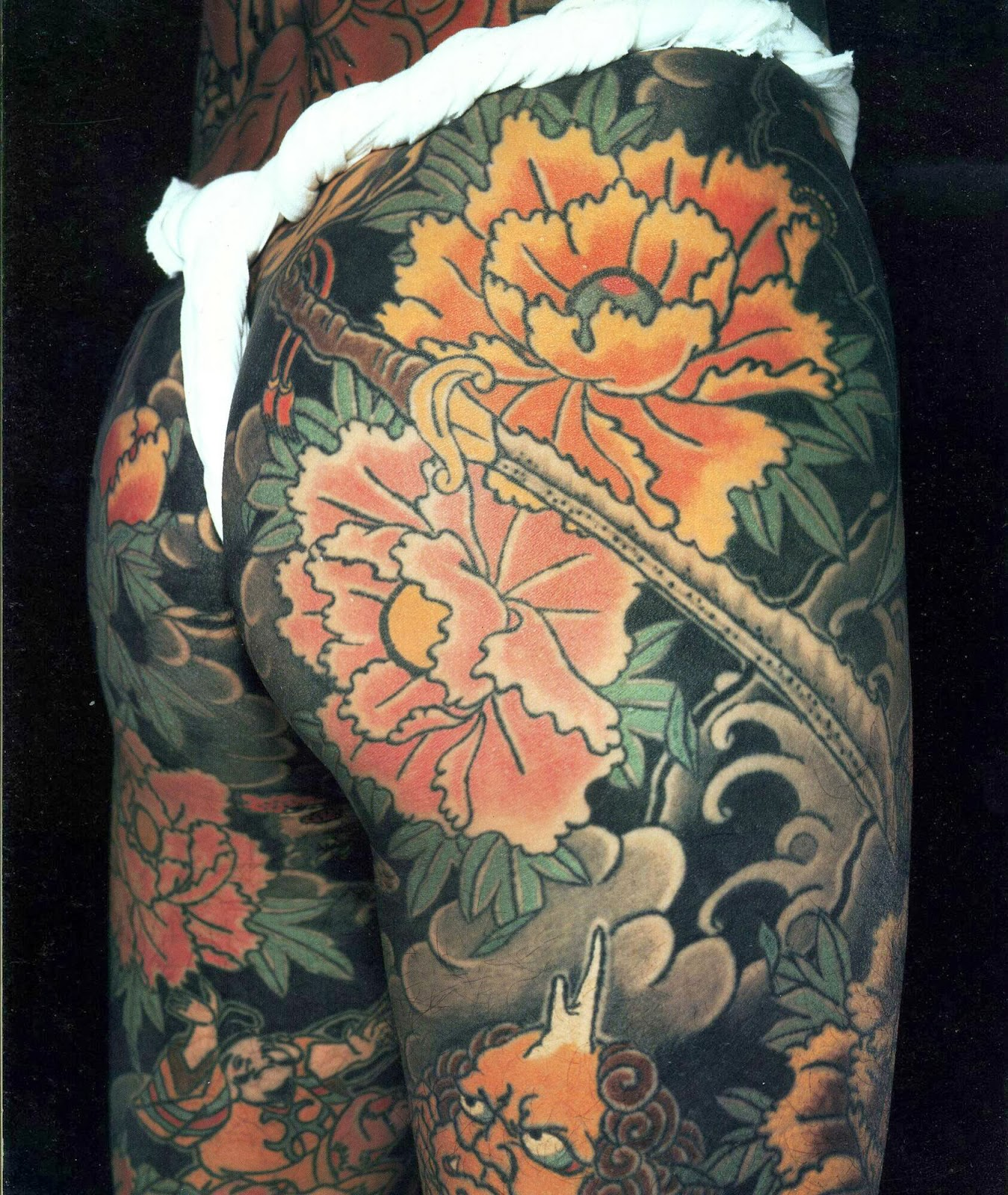 The japanese flower tattoo art asian tattoos art for Japanese tattoo art
