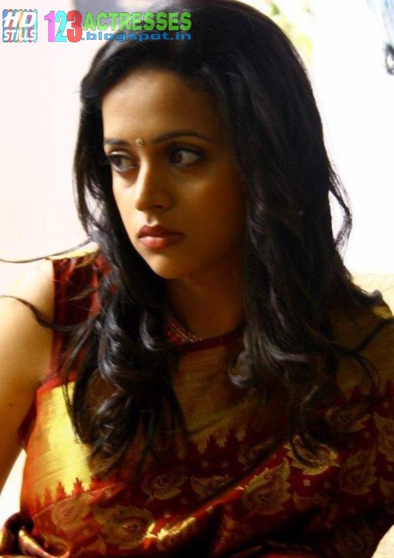 Actress hd gallery stills photos images movie wallpapers bhavana sad in saree altavistaventures Image collections
