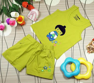 Bộ áo quần in hình cô gái Nhật màu Cớm dành cho bé